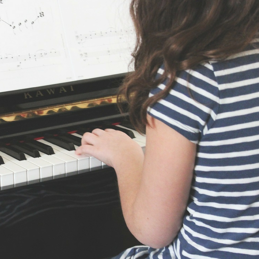 The Simplest Way to Teach Music to Preschoolers at Home