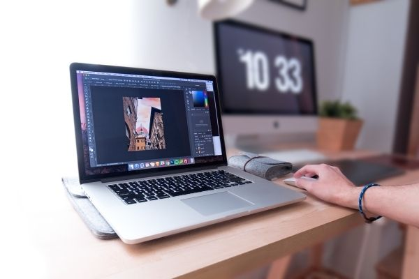 3 Ways Busy Moms Can Quickly Edit DSLR Photos